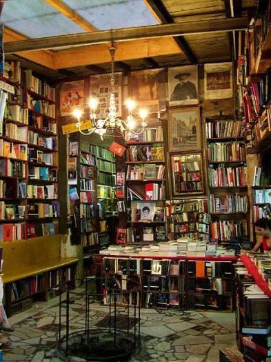 bibliocave
